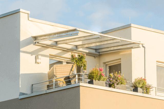 ベランダバルコニーの屋根は必要後付け修理する際の費用と注意点